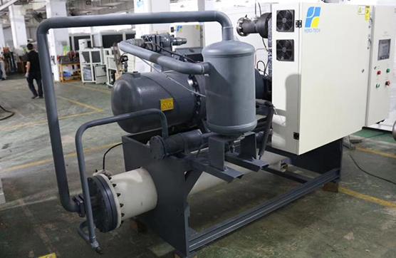 螺杆式冷水机的主要部件
