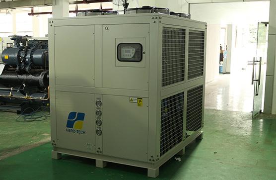 工业冷水机出现制冷剂泄漏应该怎么处理