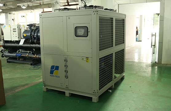 选用了蒸发冷却方法的风冷工业冷水机能够 省掉什么致冷流程